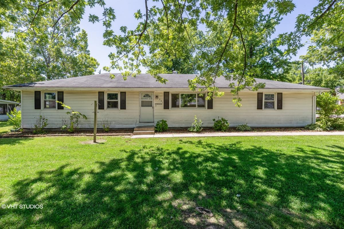 501 Morningside Dr, Garden City, Missouri