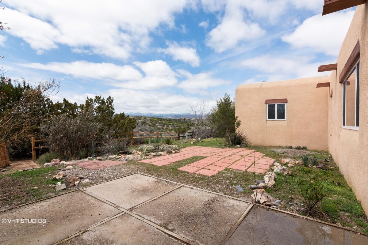 6411 Vooscane Ave, Cochiti Lake, New Mexico