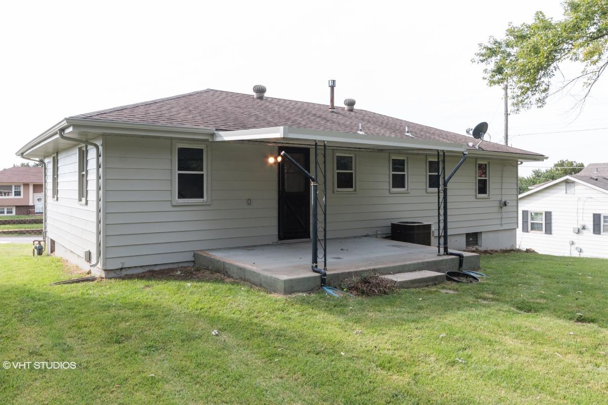 4454 Shawnee Dr, Kansas City, Kansas