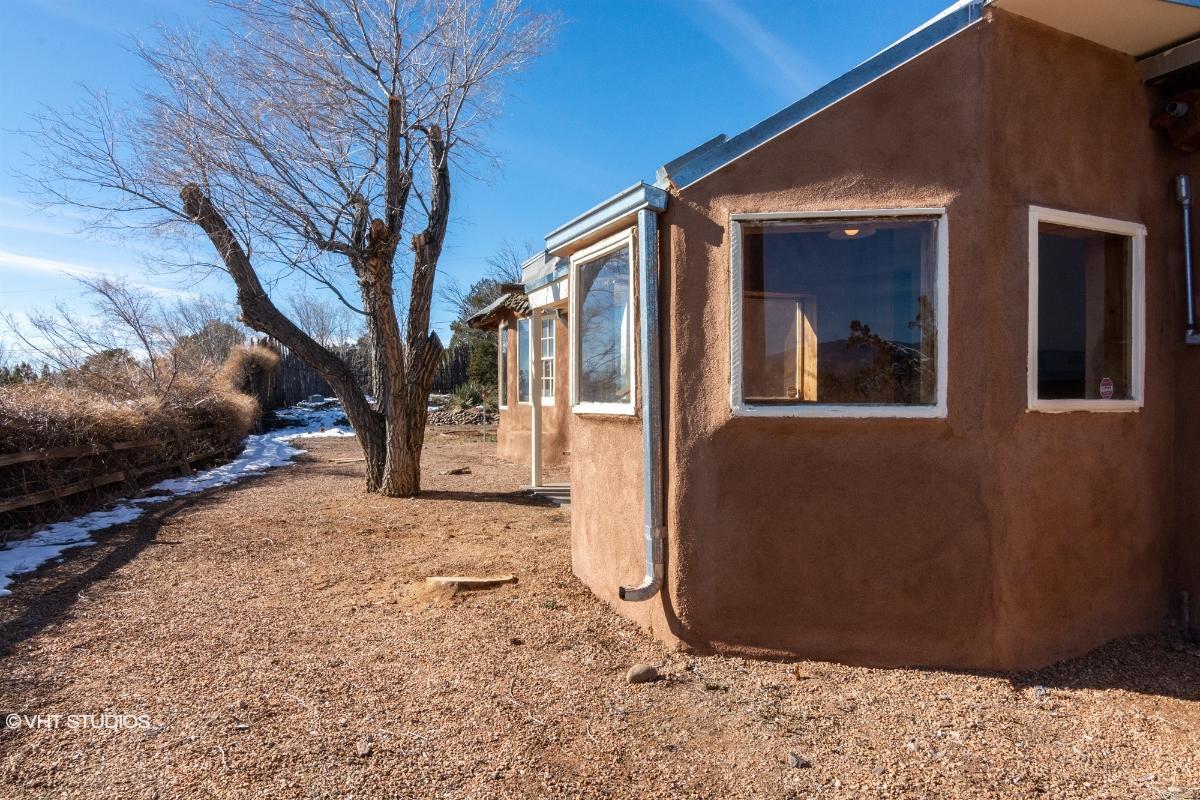 110 N El Rancho Rd, Santa Fe, New Mexico