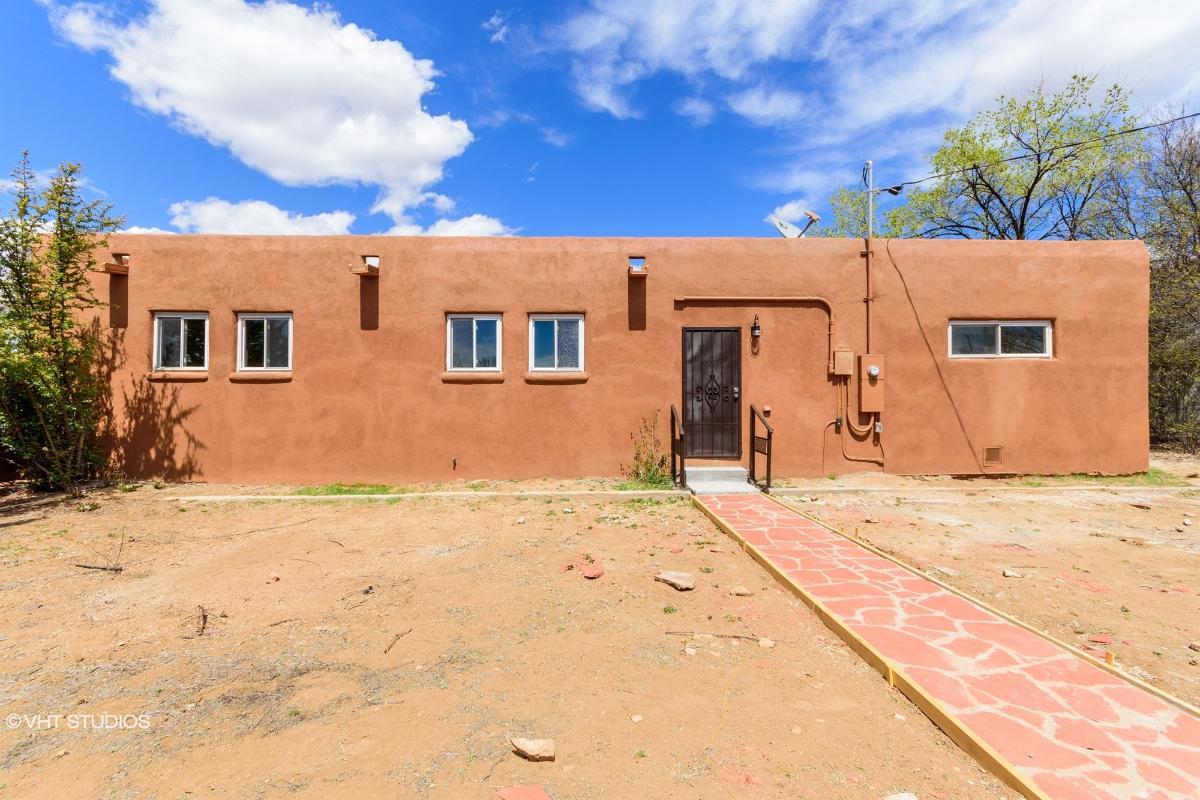 204 W Lupita Rd, Santa Fe, New Mexico