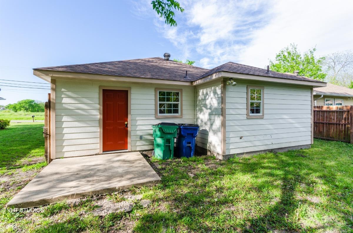2833 Dalton St, Greenville, Texas