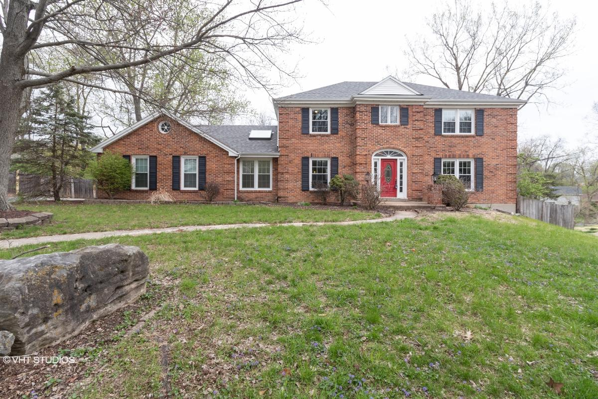 14215 Reelfoot Lake Dr, Chesterfield, Missouri