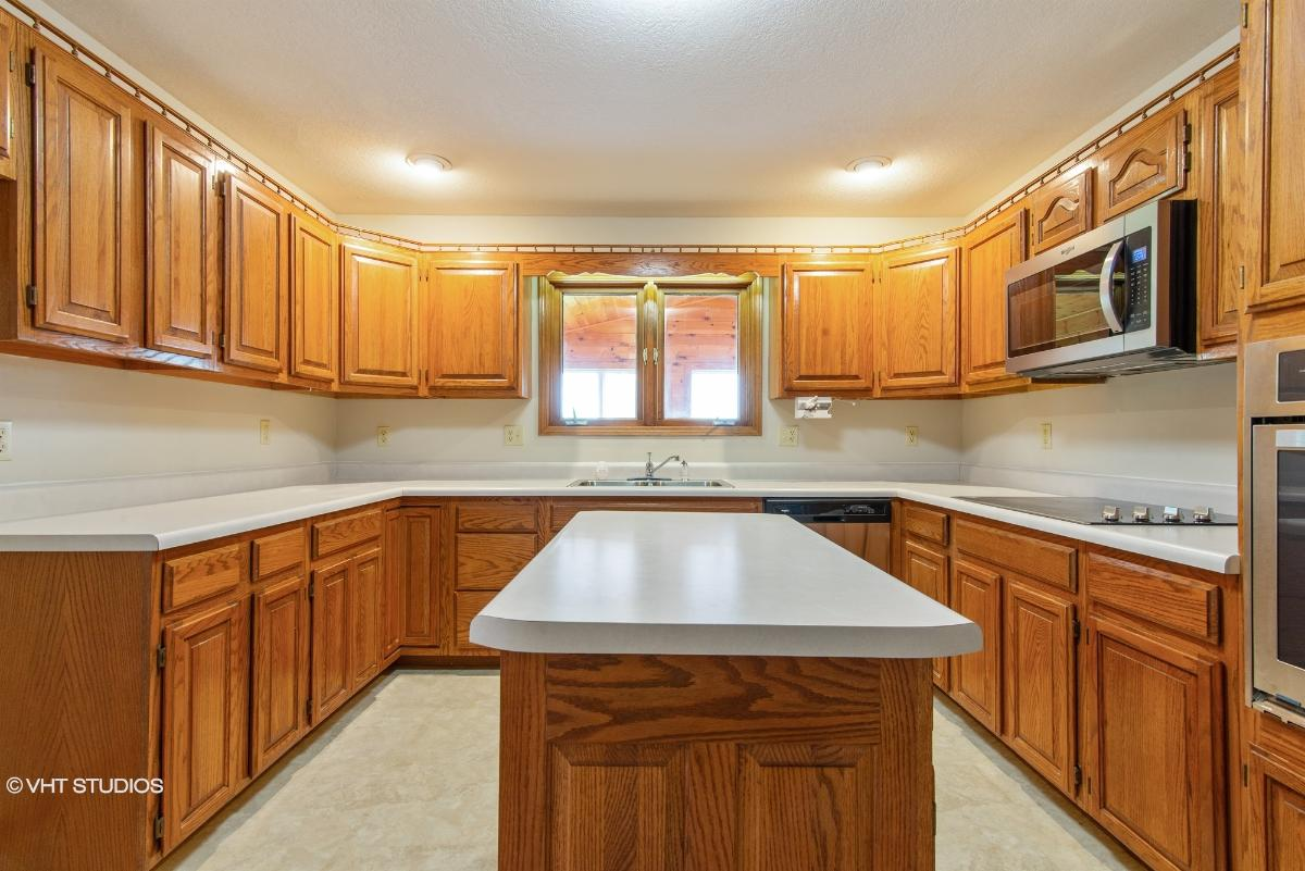 1100 E 15th St, Mountain Grove, Missouri