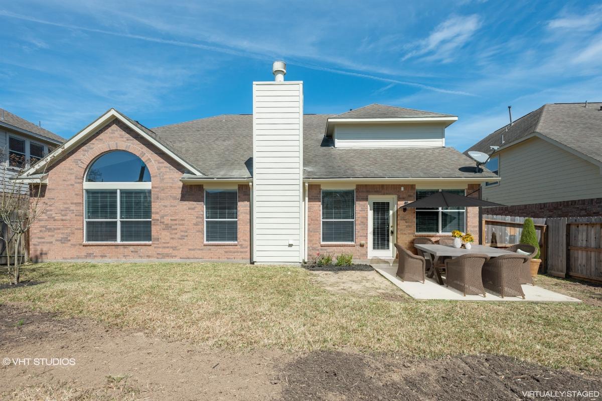6211 Stone Hill Rd, Spring, Texas