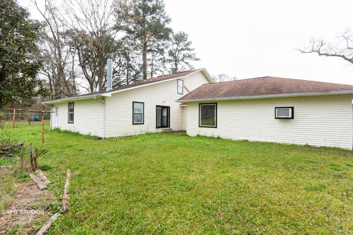 12815 Gurney Road, Baton Rouge, Louisiana