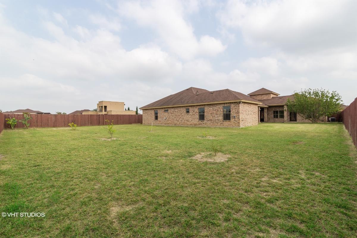1406 Eucalyptus St, Weslaco, Texas