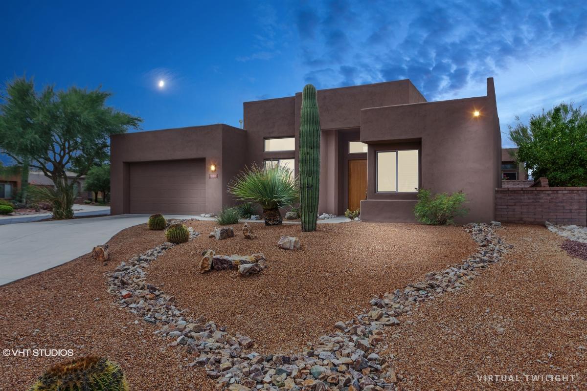 13801 N Topflite Dr, Oro Valley, Arizona