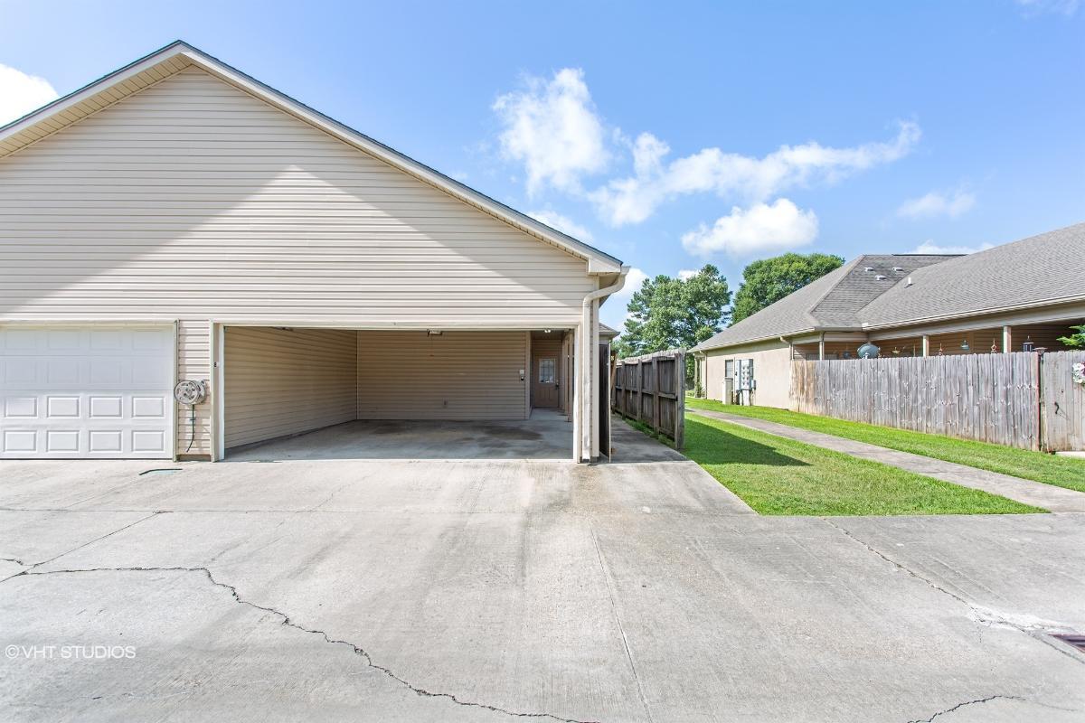 4000 Mchugh Road Unit 8, Zachary, Louisiana