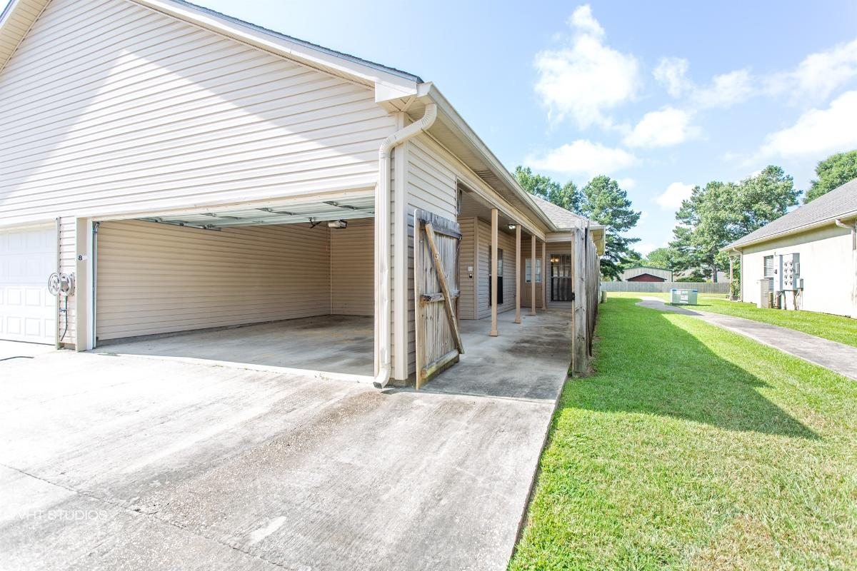 4000 Mchugh Road Unit 8, Zachary, Louisiana