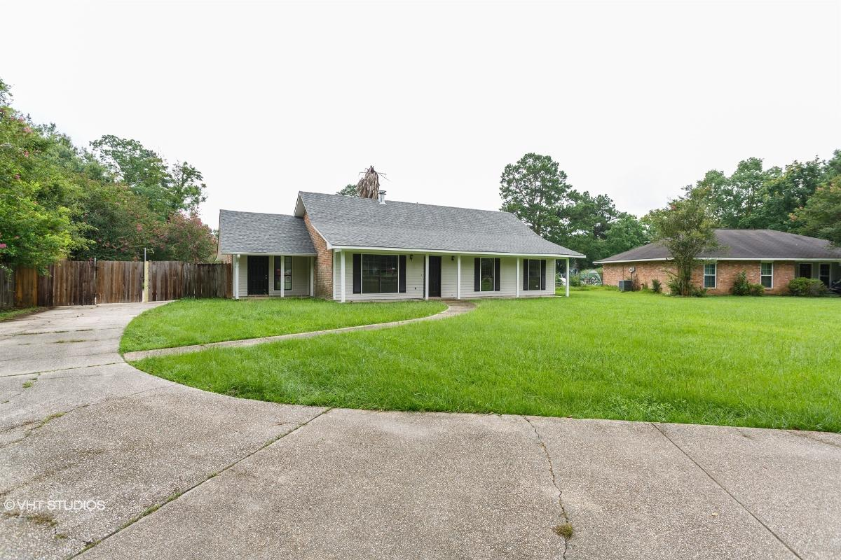 30699 John Drive, Denham Springs, Louisiana