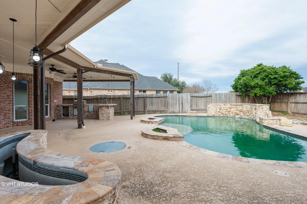 2707 Kestrel Trace L, Katy, Texas