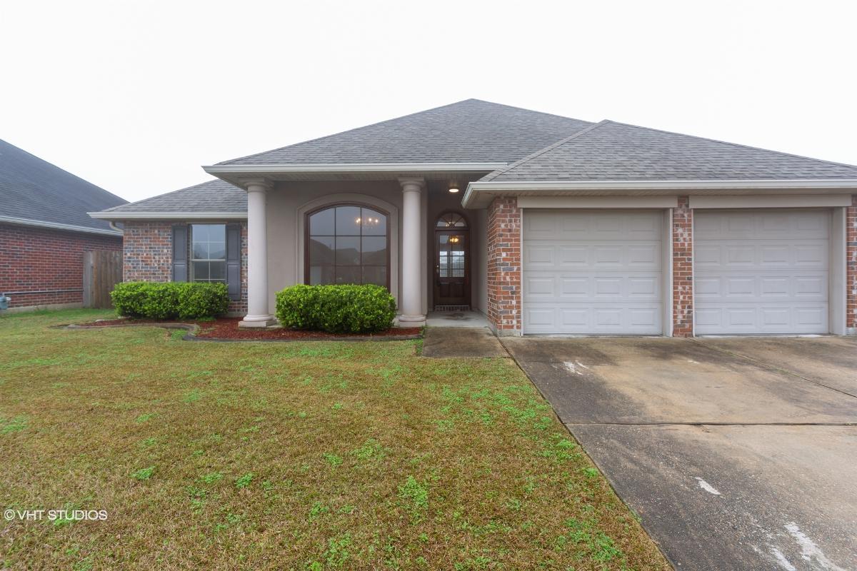 217 White Oak Drive, Saint Rose, Louisiana