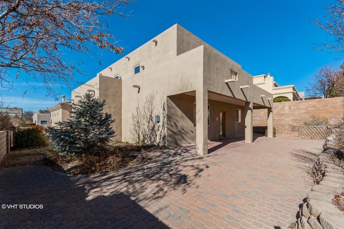 9816 Benton St Nw, Albuquerque, New Mexico