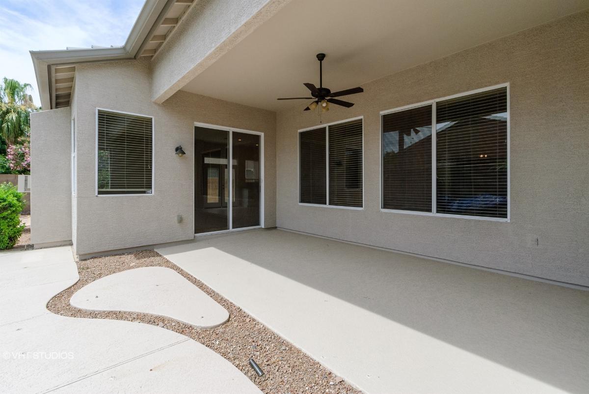 2975 E Santa Rosa Dr, Gilbert, Arizona