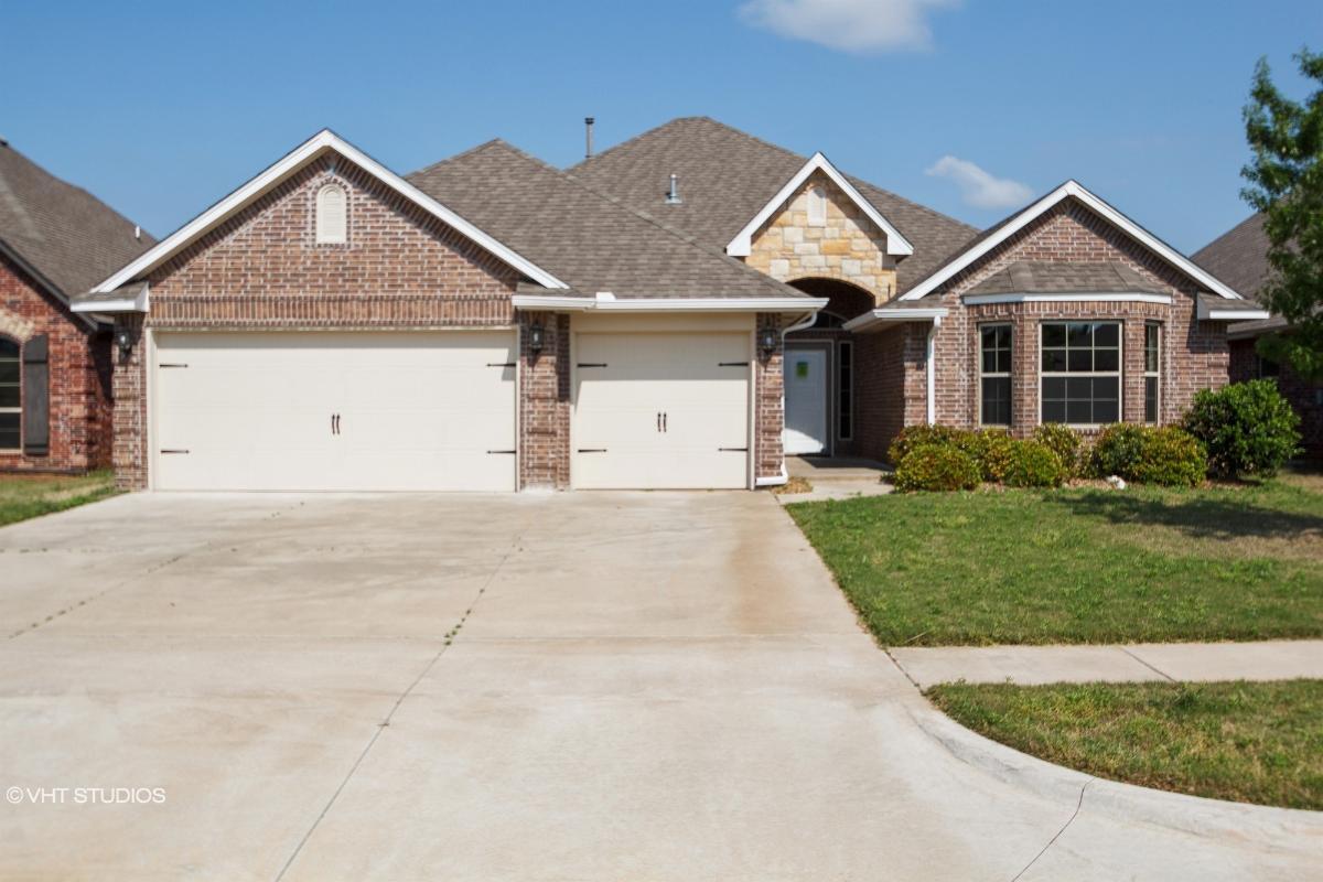 3719 Presidio Cir, Norman, Oklahoma
