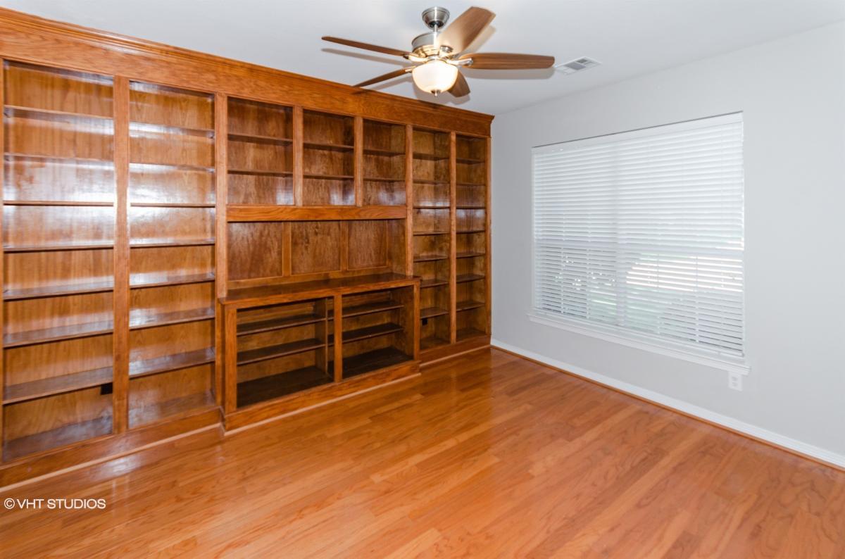 340 Ashley Place, Murphy, Texas