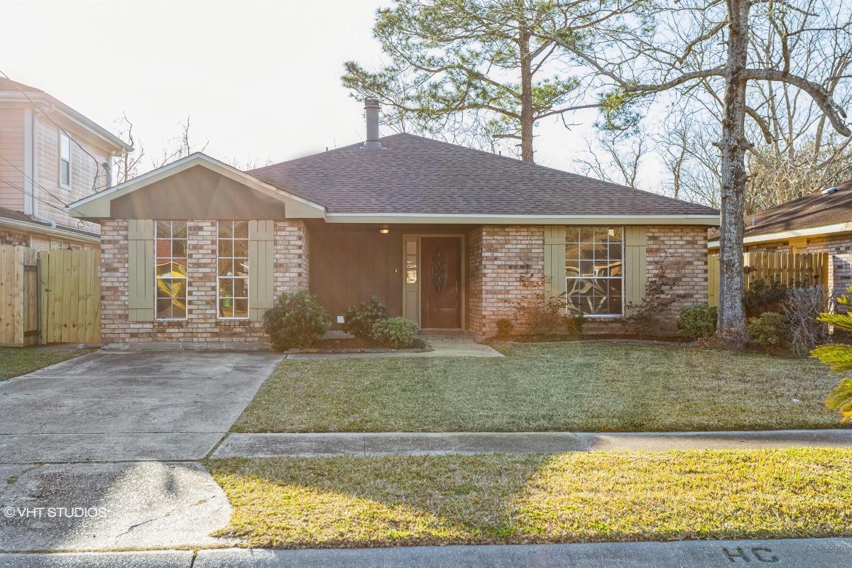 248 Riverview Drive, Saint Rose, Louisiana