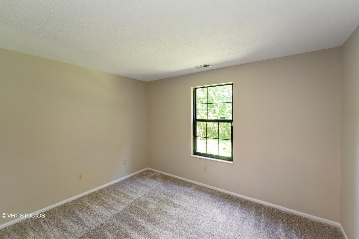 12977 Bryce Canyon Dr B, Maryland Heights, Missouri