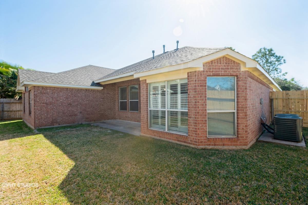 4430 Cottonwood Ct, League City, Texas