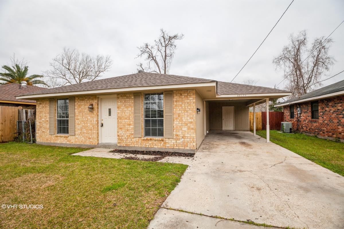 58774 Ware Dr, Plaquemine, Louisiana