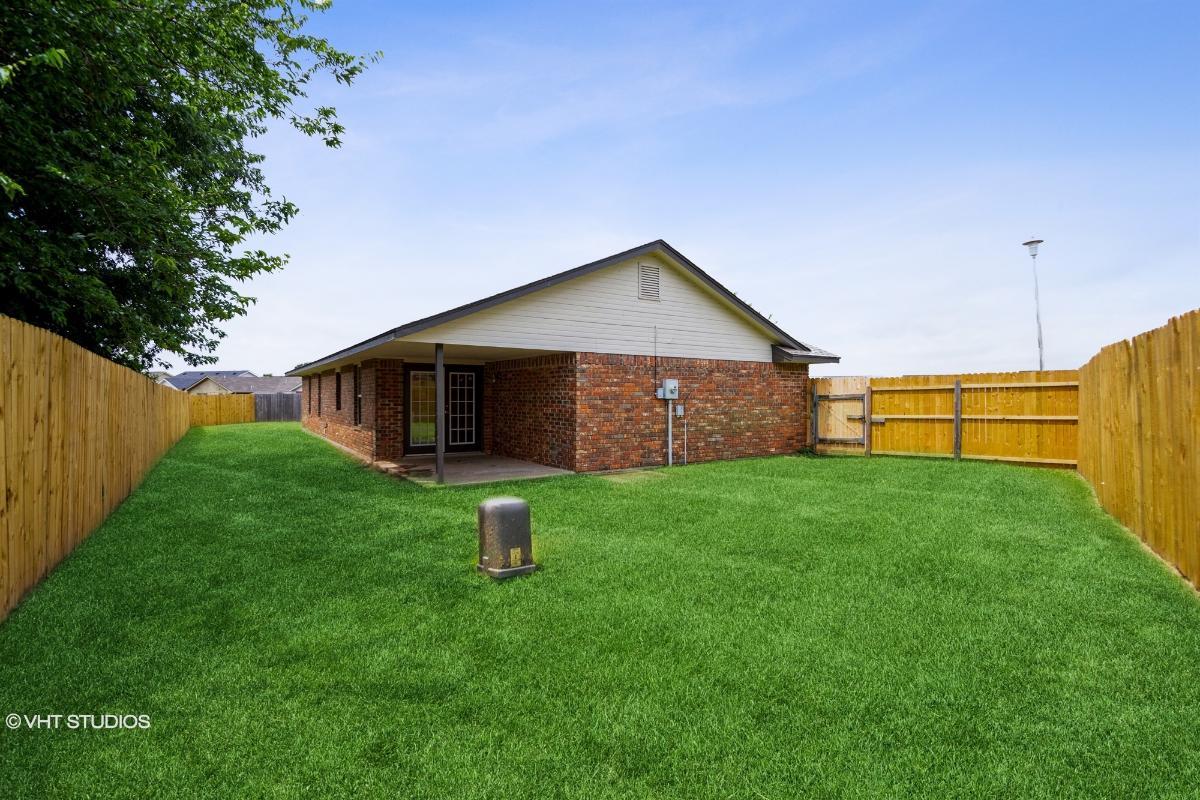 4202 Sw Hickory Pl, Lawton, Oklahoma