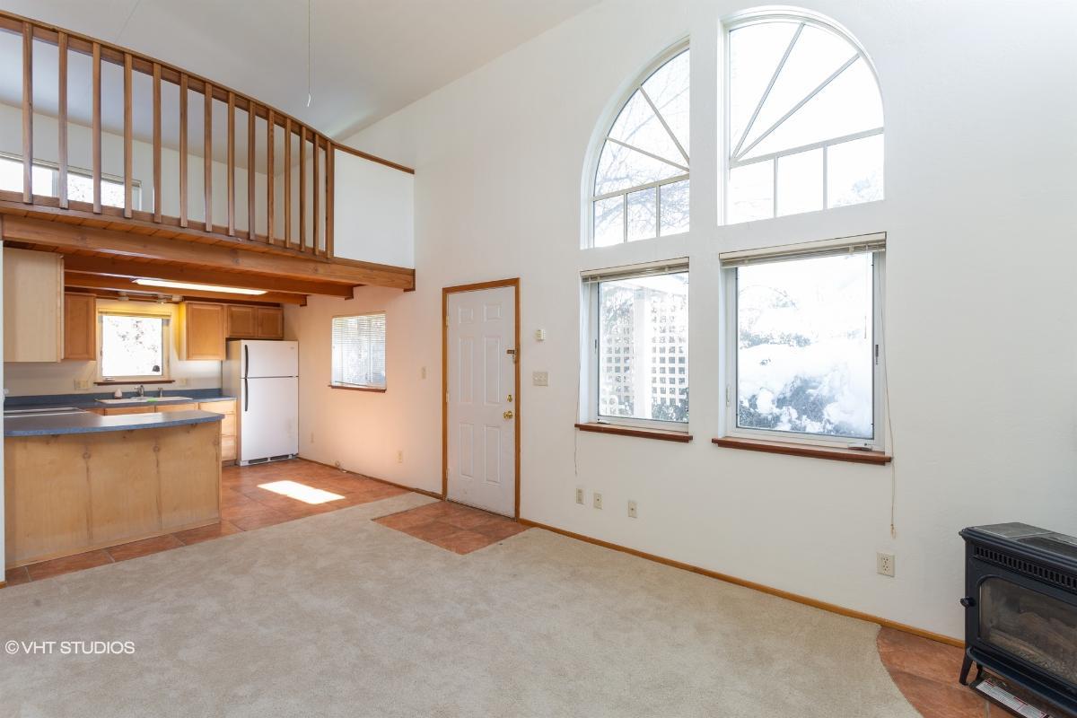 520 Cedar St # 13, Mount Shasta, California