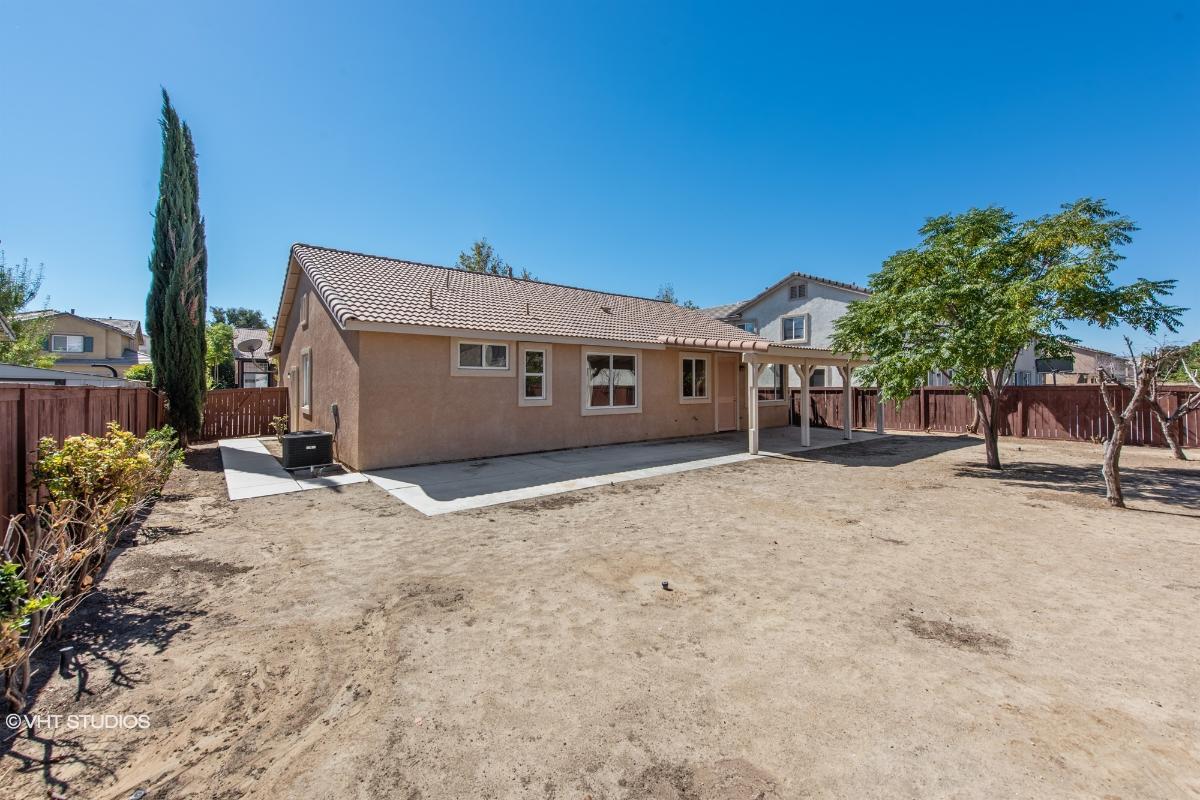3735 Las Palmas Ave, Palmdale, California