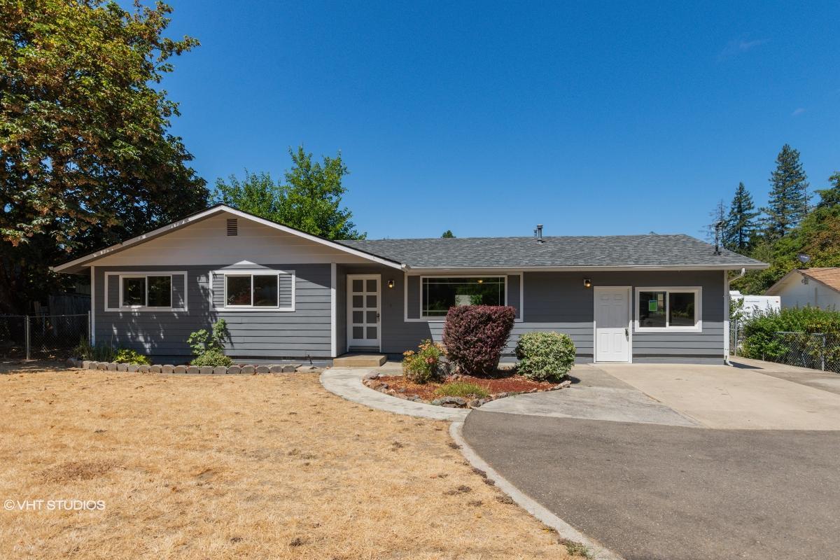 180 Hamlin Dr, Canyonville, Oregon