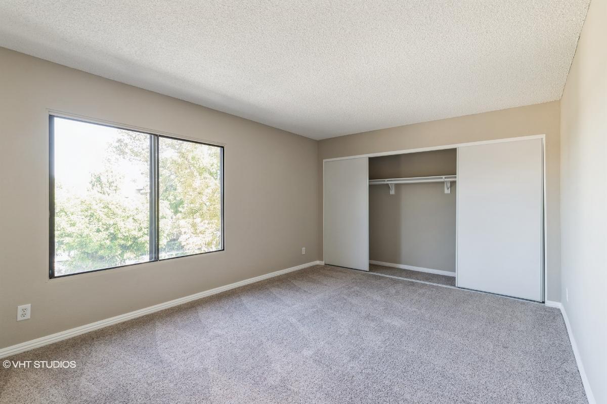 8570 Lake Knoll Ave A, Garden Grove, California