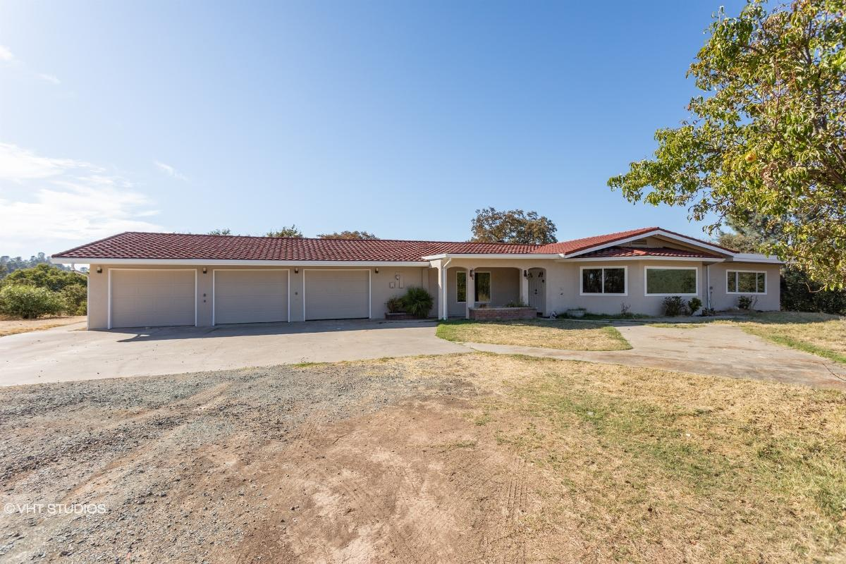 5635 Campo Seco Road, Burson, California