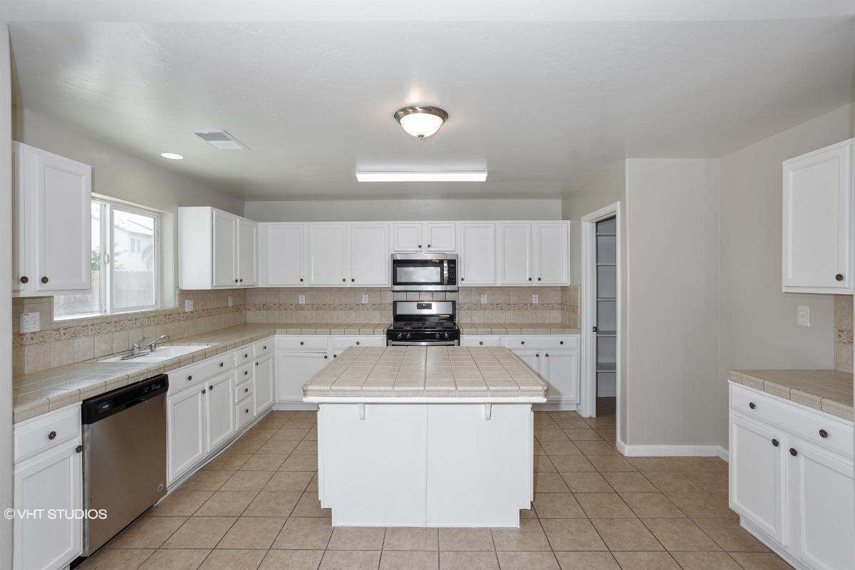 5416 W Home Ave, Fresno, California