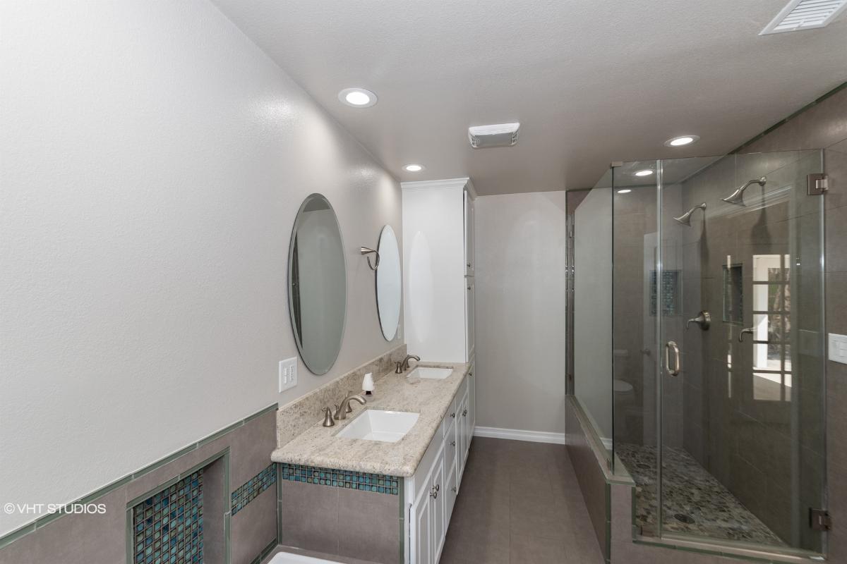 2025 Madeira Avenue, Mentone, California