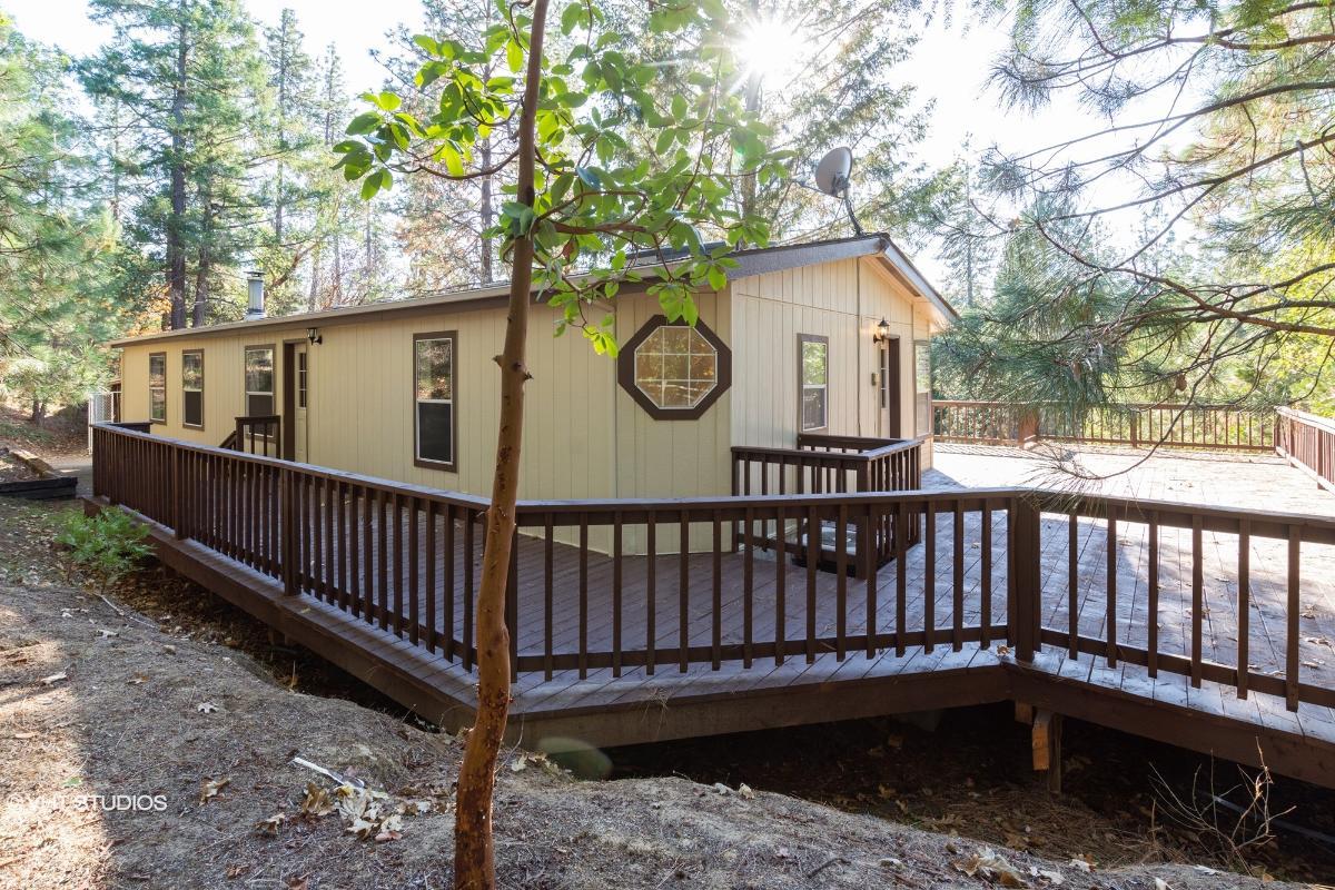260 Pine Dell Ln, Grants Pass, Oregon