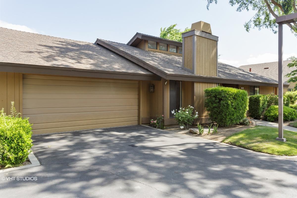 6300 N Palm Avenue 143, Fresno, California