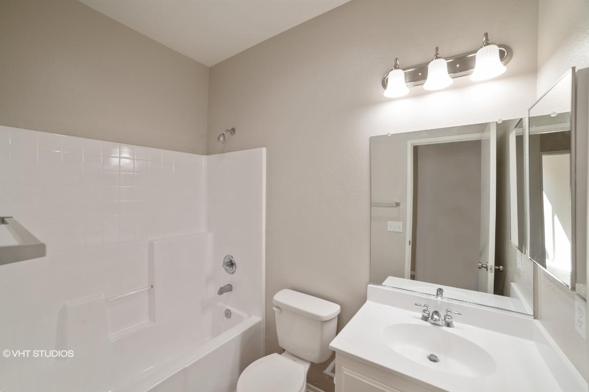 12873 Biscayne Ave, Victorville, California