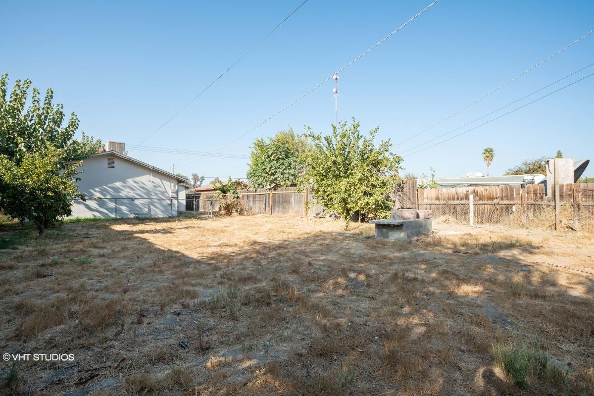 36466 Burke Dr, Traver, California