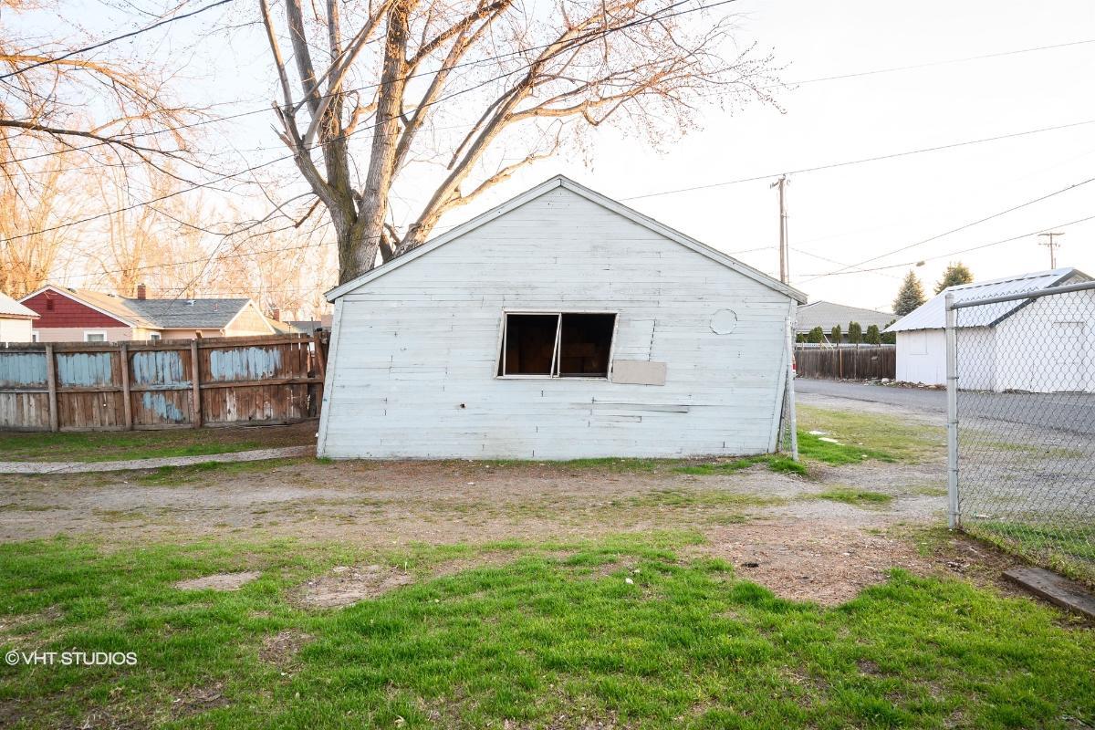 816 S Alder St, Kennewick, Washington