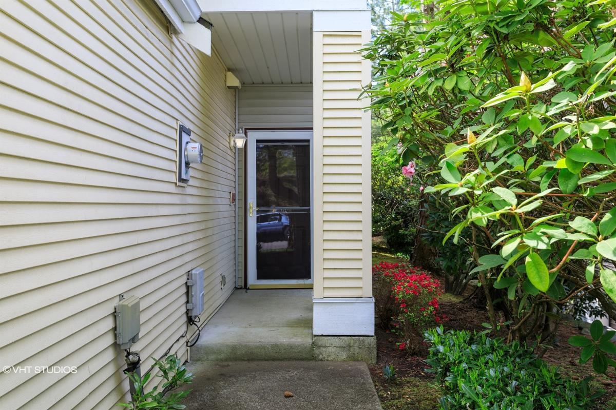 413 S 47th Street 413, Renton, Washington