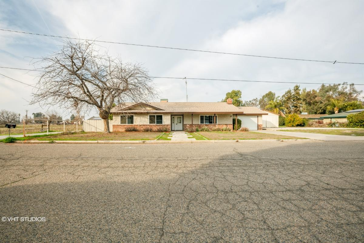 1684 W Castle Ave, Porterville, California