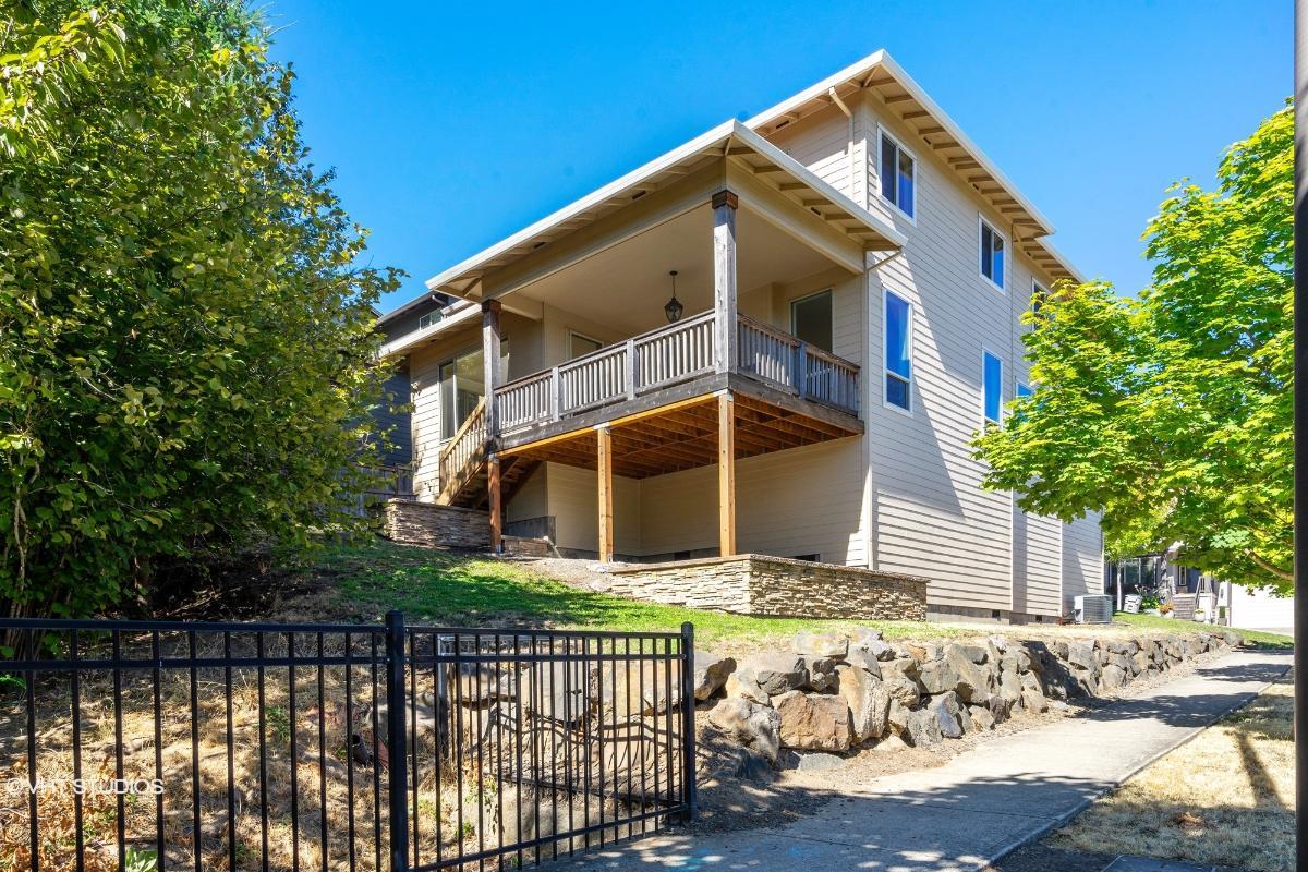15367 Sw Summerview Dr, Tigard, Oregon