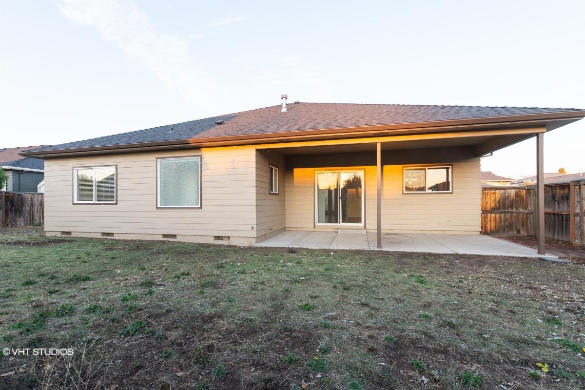759 Meadowbrook Dr, Central Point, Oregon