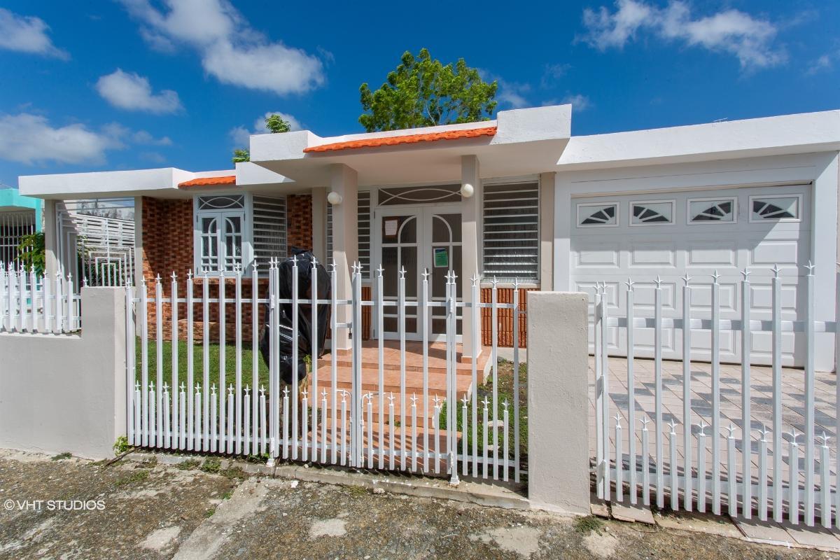 Alturas De Rio Grande Calle 19 1026, Rio Grande, Puerto Rico