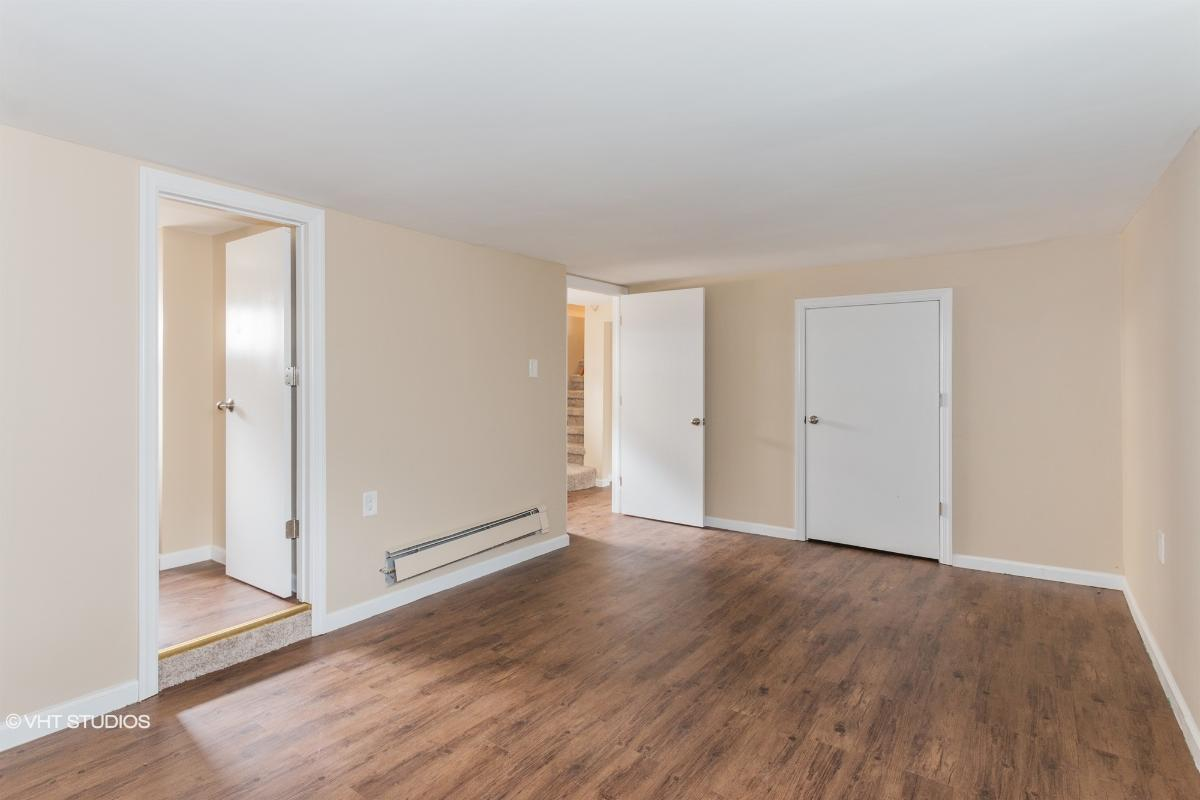 249 Fernhead Ave, Monroe Township, New Jersey