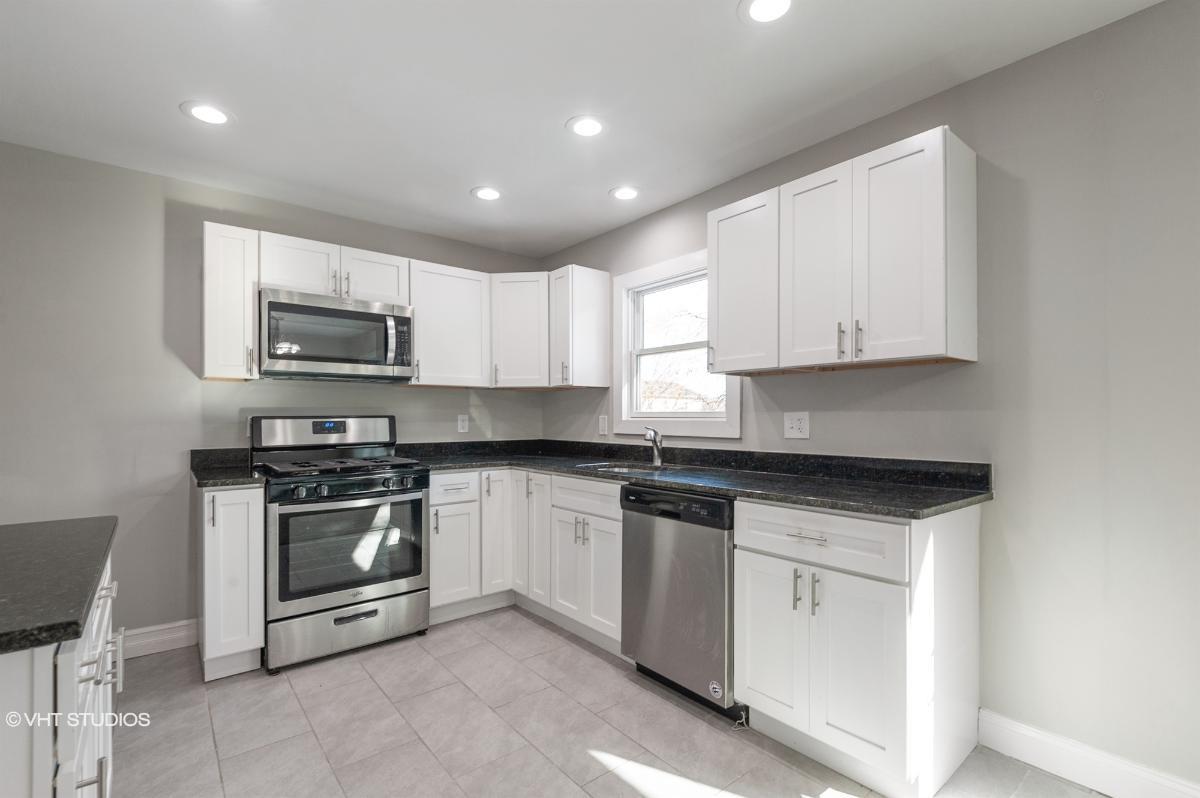 364 Livingston St, Norwood, New Jersey