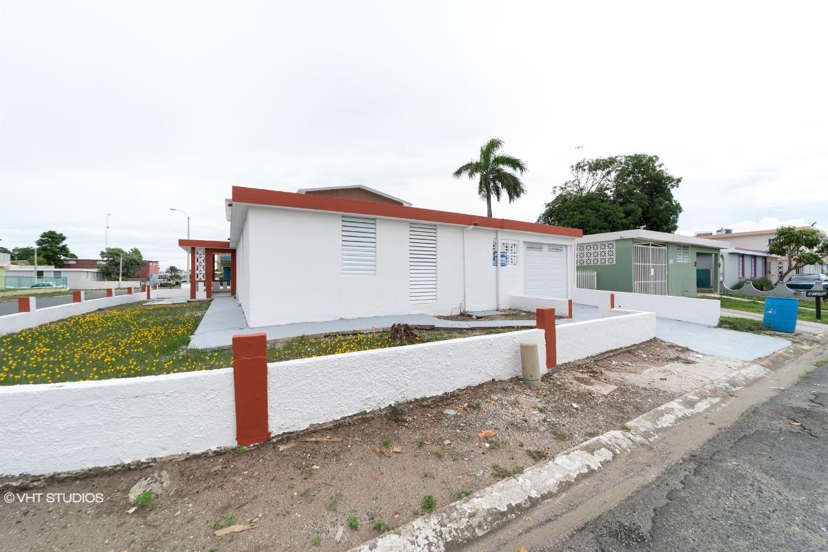 1199 Blk H Paseo Doncella St Levit, Toa Baja, Puerto Rico