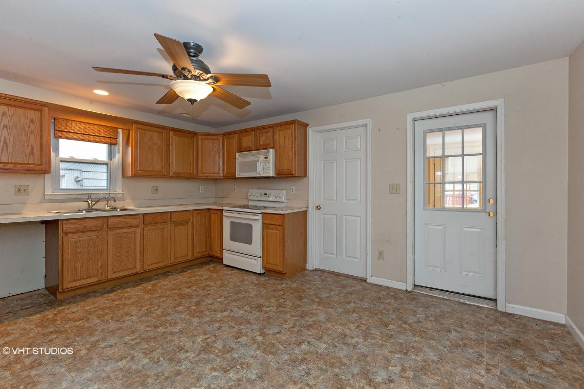 101 S 18th Ave, Manville, New Jersey