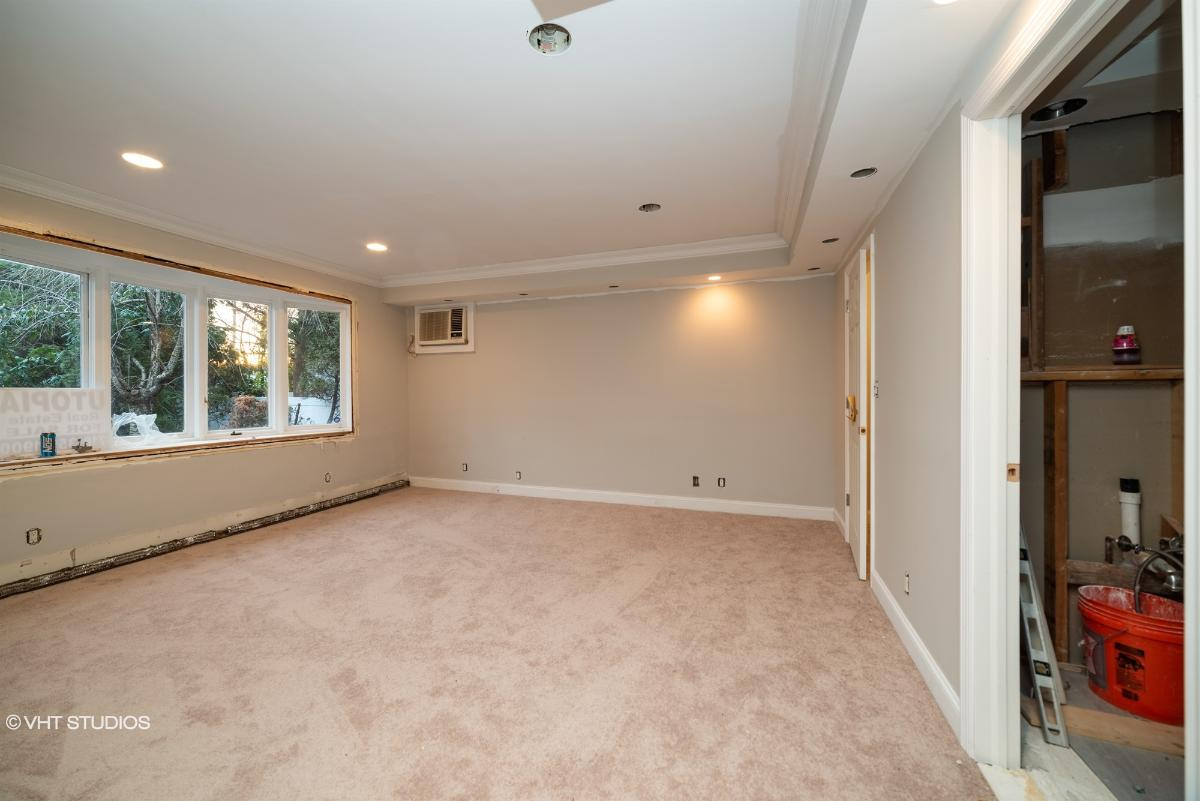 59 Parkview Pl, Malverne, New York