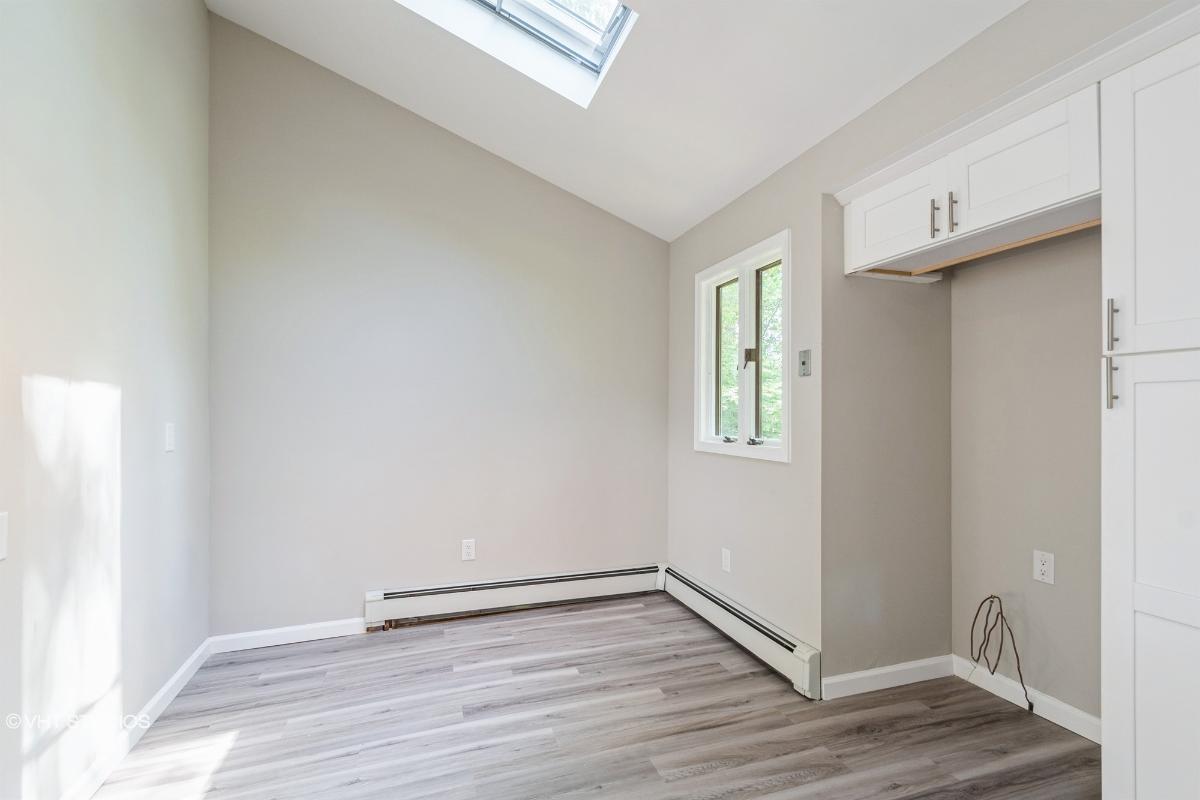 241 Emerson Ln, Berkeley Heights, New Jersey