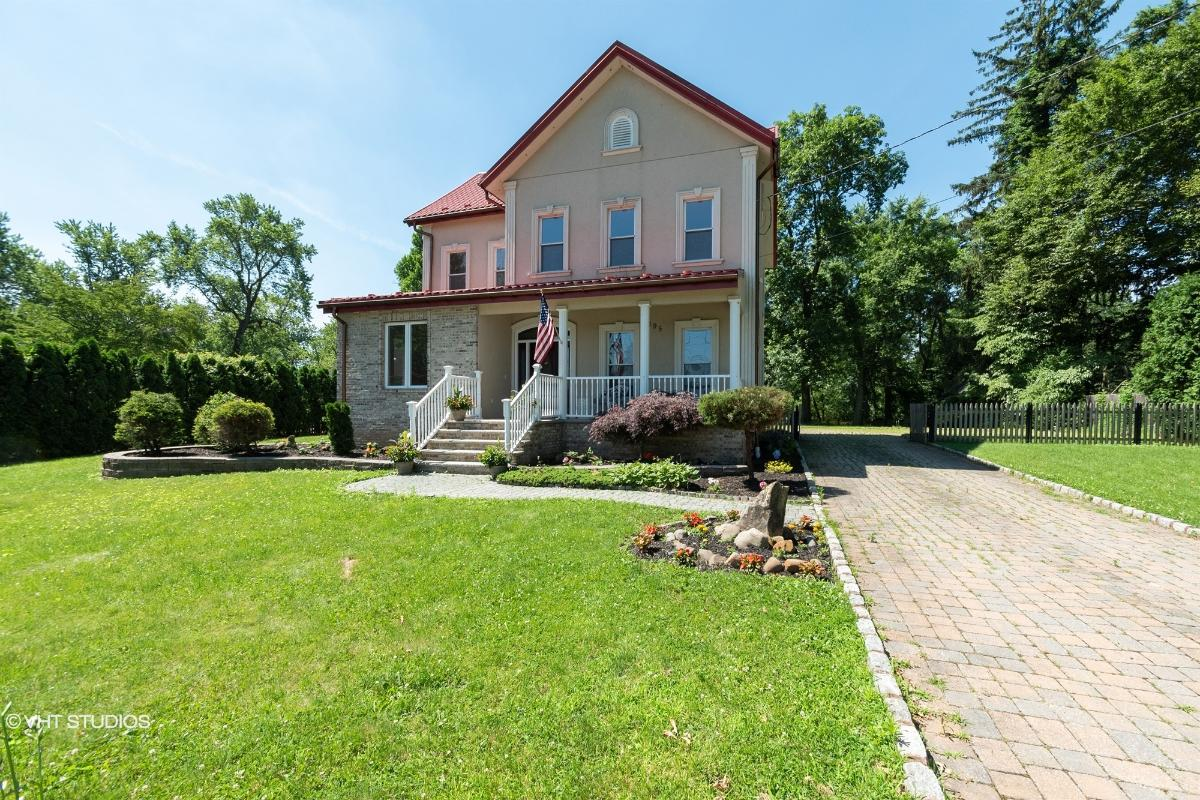 195 Mount Pleasant Ave, East Hanover, New Jersey